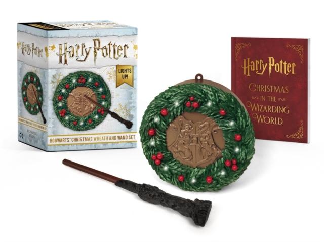 Harry Potter: Hogwarts Christmas Wreath and Wand Set