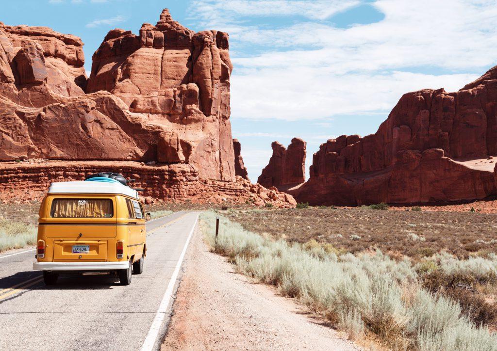 Citate despre călătorii care te vor împinge să-ți faci bagajul